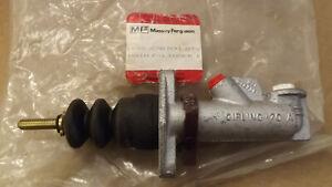 New OEM Massey Ferguson Brake Master Cylinder, 1698670M91
