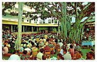 Moana Hotel Banyan Court Waikiki Hawaii Calls Broadcasts Unposted Postcard F8