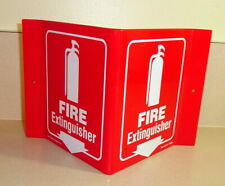 Projecting Fire Extinguisher Sign: Fire Extinguisher (with Down Arrow & Graphic)