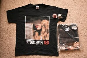 Taylor Swift Red 100% Cotton Black T-Shirts New W/ White or Pink Bracelet