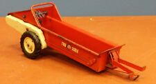 VINTAGE COLLECTIBLE TRU SCALE PRESSED STEEL MANURE SPREADER FARM TOY