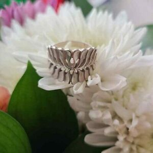 JAMES AVERY Sterling Silver Mimosa Leaf Ring  Size 6.5