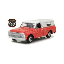 Highway 61 18004 - CHEVROLET C-10 PICK-UP AVEC POMPE A ESSENCE SHELL OIL   1/18
