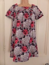 Gorgeous little grey dress Topshop size 8 with blurry pink etc. floral patterns