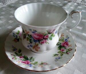 Royal Albert Tazza da Caffè serie Moss Rose in porcellana inglese