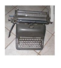 """Antica macchina vintage da scrivere tedesca """"ADLER"""" funzionante, in ferro"""