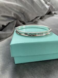 100% Authentic Tiffany & Co. Medium Silver 1837 Oval Bangle.