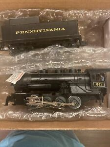 Lionel Pennsylvania 0-8-0 Steam Locomotive Switcher 561 w/ Whistle Tender