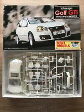 Fujimi 1;24 Scale Plastic Model Kit - Volkswagen GOLF MK5 GTI VAG DUB 803