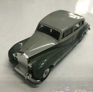 Car Dinky Toys Rolls Royce Silver Wraith REF64080