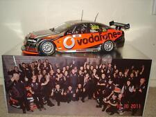 1:18 Classic Vodafone VE #888 Lowndes / Skaife 2010 Bathurst 1000 winners