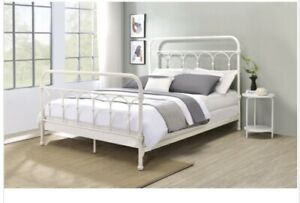 Acme Furniture Citron Queen Bed In White Finish
