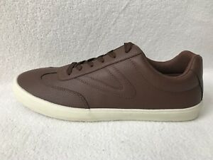 TRETORN Pebbled Brown Vegan Leather Low Top Sneakers Shoes Mens 11 *NEW*