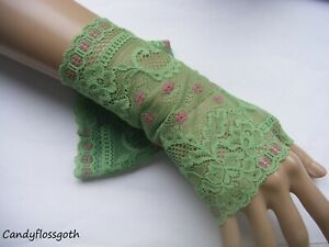Green pea / pink  pretty  stretch lace fingerless gloves S-M *UK Seller*