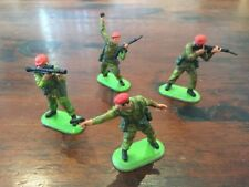 BRITAINS Deetail - Red Beret British Paratroopers 1978  - Complete Set