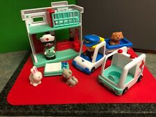 Chad Valley Vets Centre play set