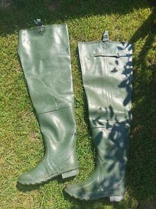 Men's Khaki Green Thigh High Rubber Waders - Boots - Fishing - Carp