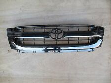 TOYOTA HILUX SR5 PICKUP MK5 BLACK CHROME STYLE GRILLE  with CLIPS 2001-2005