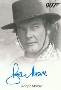 2016 007 James Bond Archives Spectre Roger Moore autograph