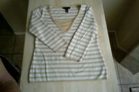 Cable & Gauge-Women's-Long Sleeve-Shirt-Top-Size:M-White & Gold-Striped-V Neck