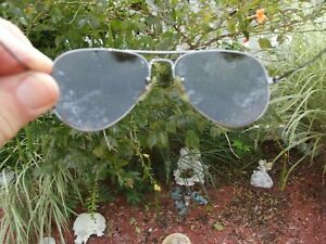 VINTAGE USED RAY BAN P  POLARIZED AVIATOR SUNGLASSES, APPX. MED, FREE SHIPPING!