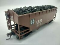 HO Scale ATHEARN 34' 2-Bay Open Hopper w/ Coal Load - SANTA FE - ATSF #180896