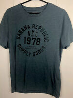 2 Lot banana republic mens size m  blue  graphic tee  1978  nyc supply goods