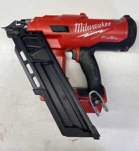 Milwaukee M18FFN-0C 18V FUEL - Angled Framing Nailer Bare Unit - RECONDITIONED