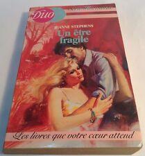 Book in French UN ETRE FRAGILE Livre en Francais Serie HARMONIE - DUO