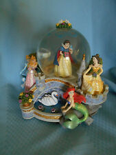 DISNEY MULTI PRINCESS SNOW GLOBE - SNOW WHITE CINDERELLA BELLE MERMAID MUSIC