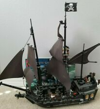 Lego Pirates of the Caribbean the Black Pearl Set (4184) - 100% complete