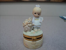 PRECIOUS MOMENTS GOD LOVETH A CHEERFUL GIVER RARE TRINKET BOX retired 1981