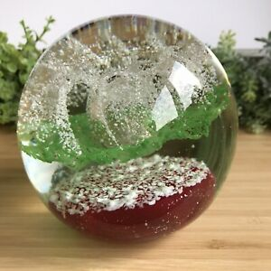Red Green & White Large Heavy Paperweight 1.570kg - 11cm Tall