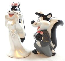Pepe Le Pew & Penelope wedding S&P shakers Warner Brothers MIB Looney Tunes WB