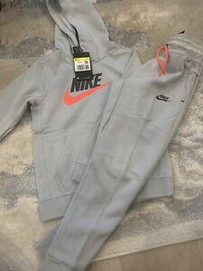 Boys Nike Grey Tracksuit Age 8-9 Size S
