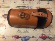Genuine Leather Reel Casting Case .