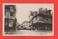 LOUVIERS - Veilles maisons, rue du Neubourg  (J5537)