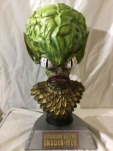 Executive  Replicas Invasion Of The Saucer Men Bust  Limited Edition 110/ 125