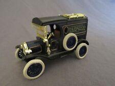 392F ERTL 1606G 1913 Ford T Van Ta-Pat-Co Horse Collar Pads