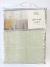 Martha Stewart Twin Size 80% Cotton Matelasse Coverlet Quilt Floral Rose