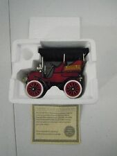 National Motor Museum Mint 1904 CADILLAC MODEL B 1:32 DIECAST CAR w/COA