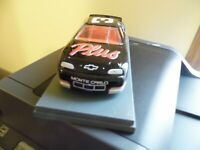 Dale Earnhardt #3 Goodwrench 1997 NASCAR Chevy Monte Carlo 1/24 Diecast Car