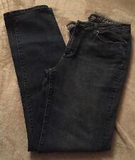 """Chadwicks Jeans Pants size 10 Tall & straight Fit Medium blue denim.  Inseam 34"""""""