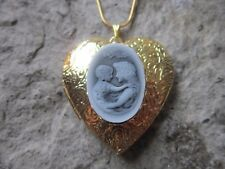 MOTHER AND CHILD CAMEO GOLD PLATED HEART SHAPED LOCKET  - SON - DAUGHTER - MOM