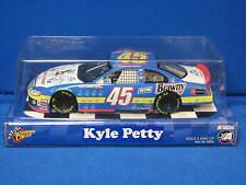 NASCAR Winner's Circle 1:24 Kyle Petty #45 Victory Junction Gang Dodge Die Cast