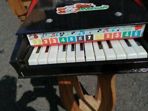 Vintage wooden Children's  baby  grand piano all 12  keys work. Original box