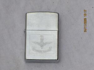 ZIPPO Feuerzeug mit Parachute Regiment Emblem, Made in USA