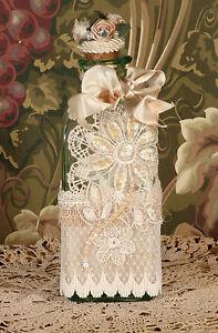 Victorian Perfume Bottle / Keepsake - Vintage Style