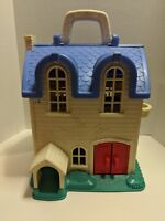 1996 Fisher Price Little People Doll House