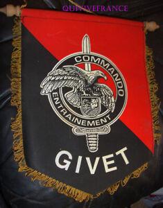 Banderín Centro Entrenamiento Commando Givet